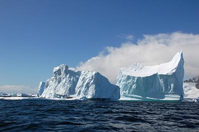 自然が作り出す氷河